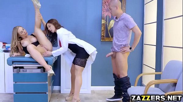 نيك ممرضة شرموطة تستدرج المريضة عشان الدكتور ينيكها