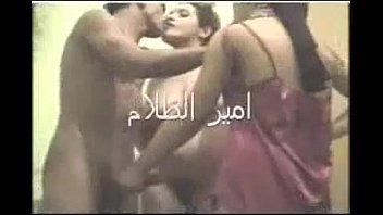سكس جماعي مصري – شرموطتين و فحل و كلام مثير جدا